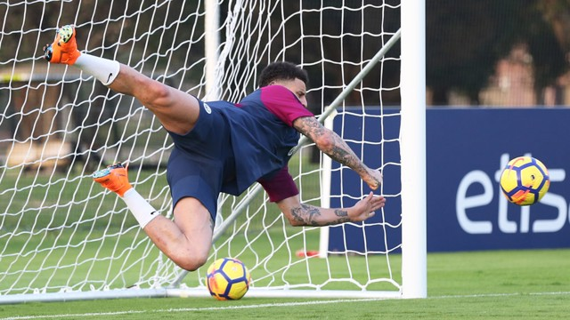 WATCH OUT EDERSON: There's a new 'keeper in town!