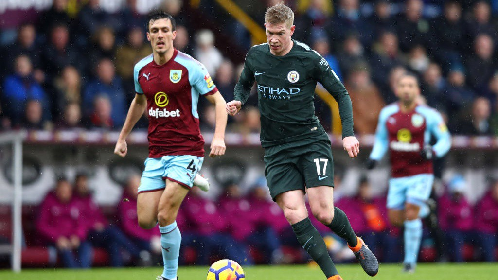 PROBING: Kevin De Bruyne looks to extend City's lead.