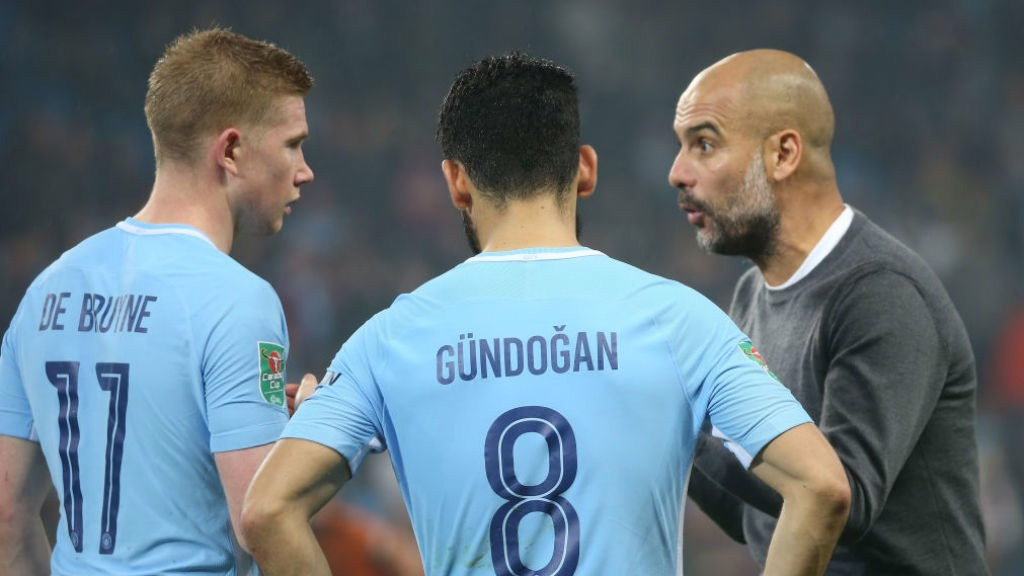 EXTRA SPECIAL: Pep Guardiola hands out instructions to Kevin De Bruyne and Ilkay Gundogan before extra-time