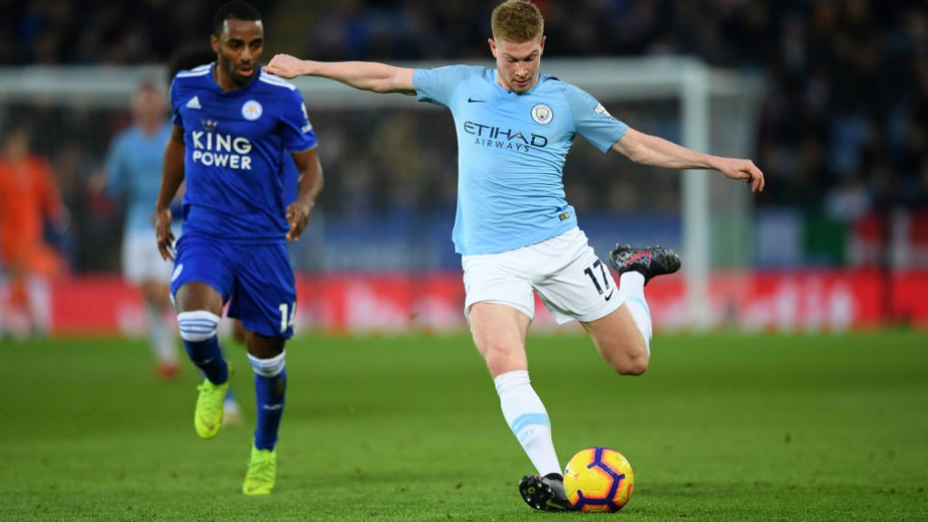 HOT SHOT: Kevin De Bruyne takes aim at the Leicester goal