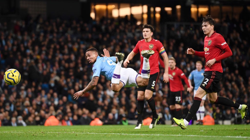 ACROBATICS: Gabriel Jesus heads wide after a good ball from Kevin De Bruyne.